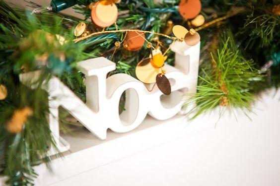 christmas-table-arrangement-copy